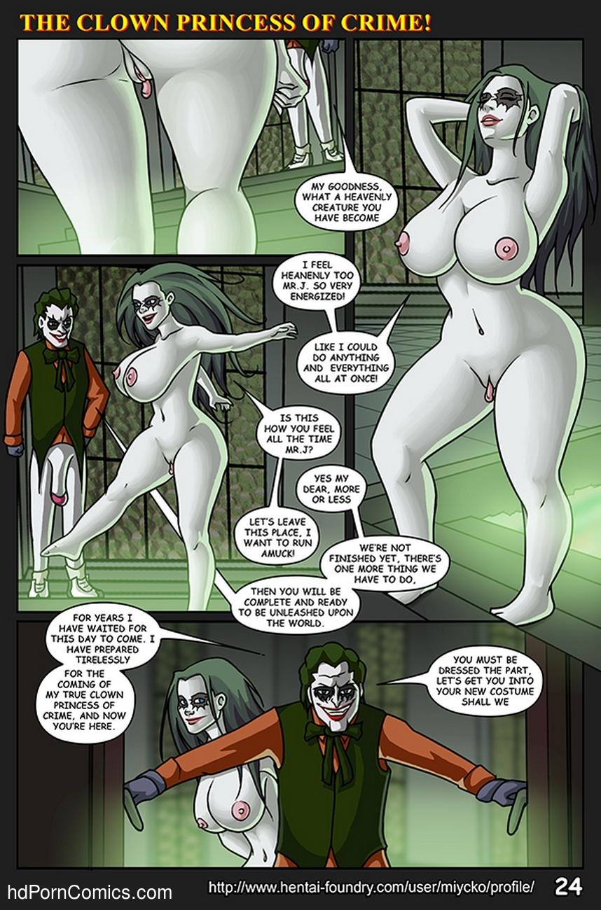 Soroity girls sucking dick